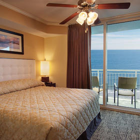 Wyndham Vacation Resorts Towers on the Grove at North Myrtle Beach — Bedroom