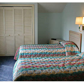 Ocean Cove Club at Palmetto Dunes — Bedroom at
