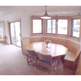 Christmas Mountain Resort — - Unit Dining Area