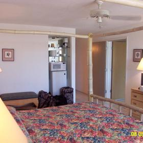Elysian Beach Resort - Unit Bedroom