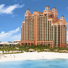 Harborside Resort at Atlantis Exterior