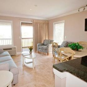 Vacation Time of Hilton Head Island - Ocean Dunes — Living Area