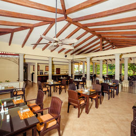 Occidental Grand Papagayo Resort — Snack Bar