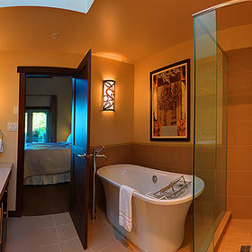 Sunrise Ridge Waterfront Resort Bathroom