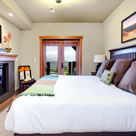 WorldMark Chelan –- Lake House — Bedroom