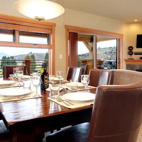 WorldMark Chelan –- Lake House — Dining Area