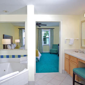 Harborside Resort at Atlantis Bathroom