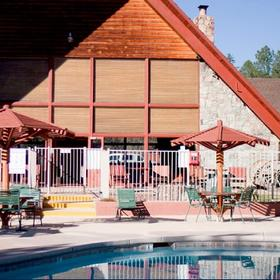 Kohl's Ranch Lodge — Pool Area