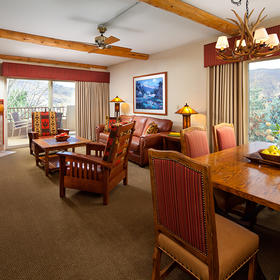 Lakeside Terrace Villas Living and Dining Area
