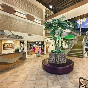 WorldMark Palm Springs Lobby
