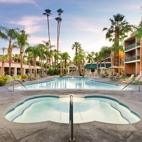 WorldMark Palm Springs Pool and Hot Tub