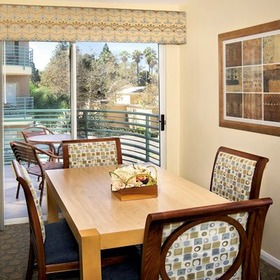 WorldMark San Diego - Mission Valley Dining Area