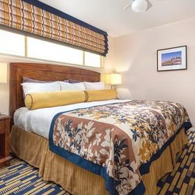 The Suites at Fisherman's Wharf Bedroom
