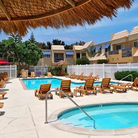 Sand Pebbles Resort Pool and Hot Tub