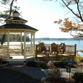 Sheepscot Harbour Village Resort & Spa — Deck and Gazebo