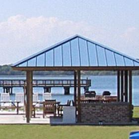 Bluewater Resort & Marina — Outdoor Grilling and Activities Area