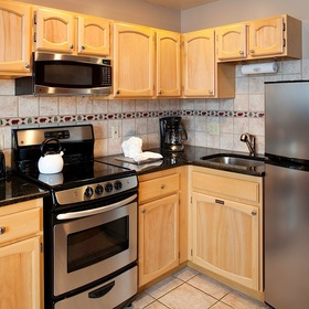 Legacy Vacation Club Steamboat - Hilltop Kitchen