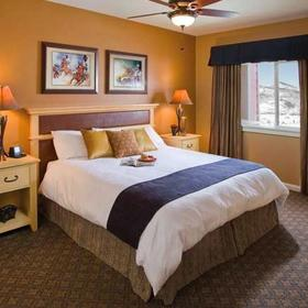 Wyndham Vacation Resorts Steamboat Springs — Bedroom