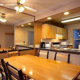 Legacy Vacation Club Steamboat Springs - Suites — Dining Area