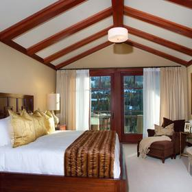 Four Seasons Residence Club Vail Bedroom