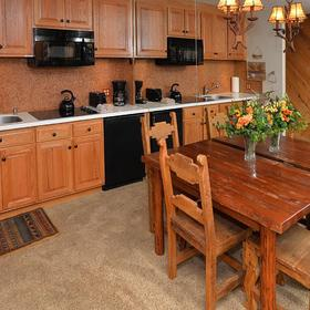 Vantage Point — Kitchen and Dining Area