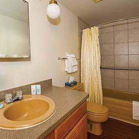 Twin Rivers Condominiums Bathroom