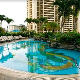 Hilton Grand Vacations Club (HGVC) at The Lagoon Tower Pool