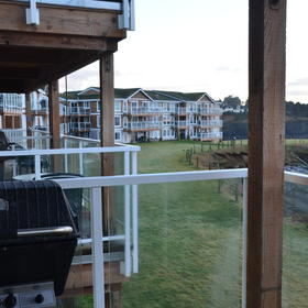 WorldMark Depoe Bay — BBQ on the deck