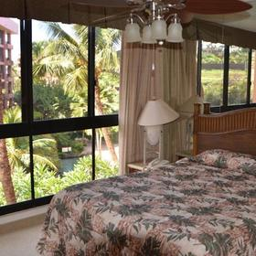 Kahana Falls Bedroom