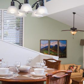 Makai Club Cottages — Dining Area