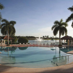 Marriott's Villas at Doral Pool