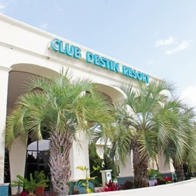 Club Destin Resort Exterior