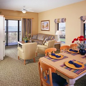 Wyndham Bay Club II Dining Area
