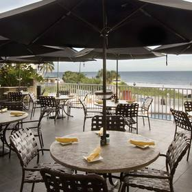Sunstream Vacation Club at DiamondHead Beach Resort & Spa — Chloës Terrace Outdoor Seating