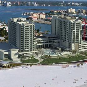 Wyndham Clearwater Beach Resort — Exterior