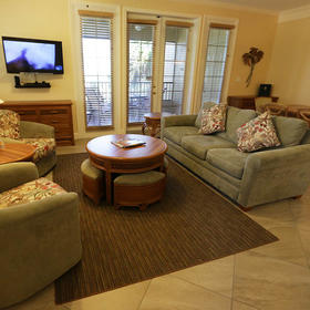 Eagle's Nest Beach Resort Living Area
