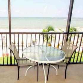 Gulf Pointe Resort — Balcony