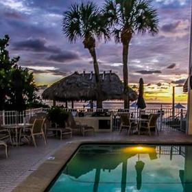 Gulf Pointe Resort — Pool