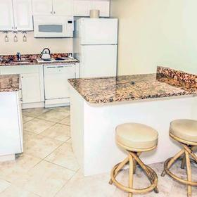 Gulf Pointe Resort — Kitchen