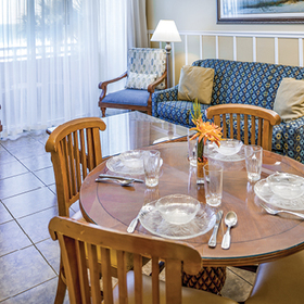 The Cove on Ormond Beach - North Tower Dining Area