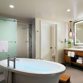 The Westin Nanea Ocean Villas Bathroom