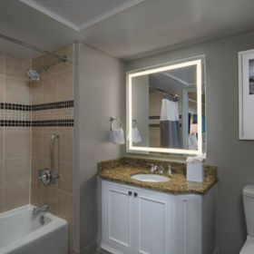 Marriott's OceanWatch Villas at Grande Dunes Bathroom