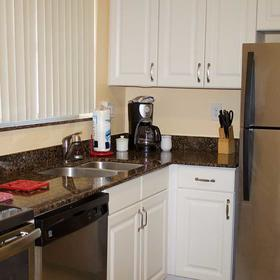 Palm Beach Waterfront Suites Kitchen