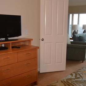 WorldMark Depoe Bay — Master Bedroom to Living Room