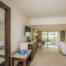 The Grand at Moon Palace Family Deluxe Suite