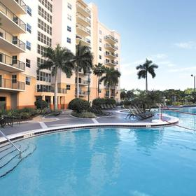 Wyndham Palm-Aire Pool