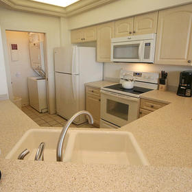 Sanibel Cottages — Kitchen