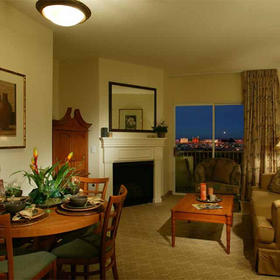 Tahiti -= Unit Living Area
