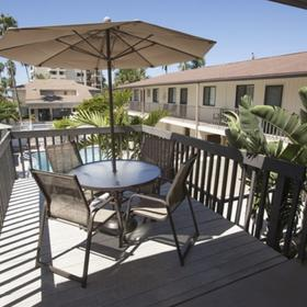 Siesta Sands Beach Resort Sundeck