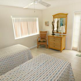 The Townhouses at St. Augustine Beach and Tennis Resort — Bedroom